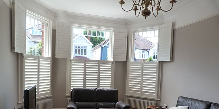 The Key Features of Plantation Shutters